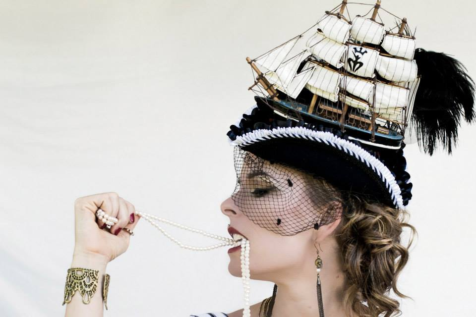 fashion gipsy pirate unique hat and pearls