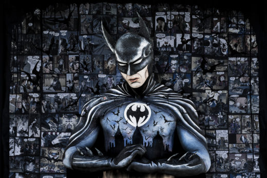 A bodyart tribute to Tim Burtons Batman by Donatella Parisini, Bodyart Elvis Schmoulianoff