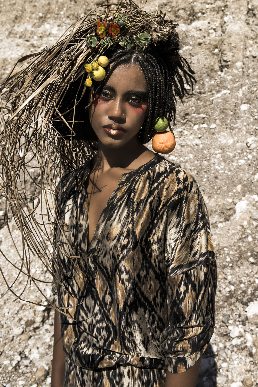 model omo tribe inspired makeup , unique fashion photography