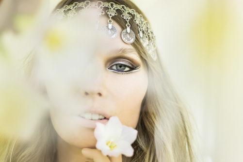 Silver eyeliner EOH beauty shot