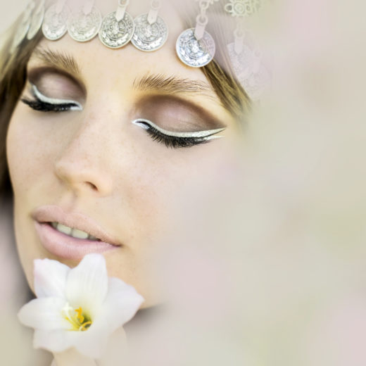 flower power model with Silver metallic liner on my beauty shot