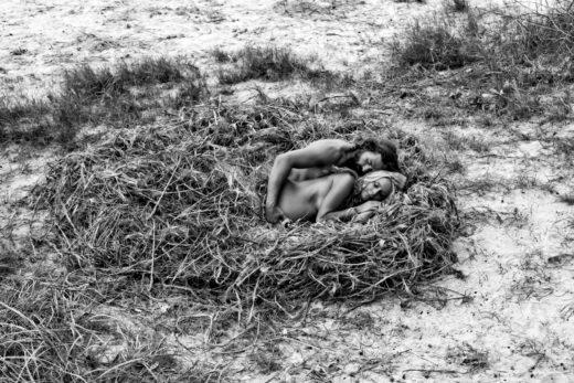 nest of love fine art photography byron bay couple pregnancy