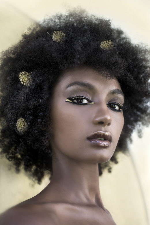 Egyptian gold and black eyeliner for Rosa Salomon top model  beauty shot