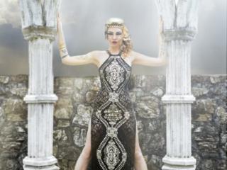 Uki castle column and beauty fashion dress