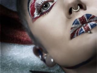 union jack art makeup ,mode,l fierce ,god save the queen